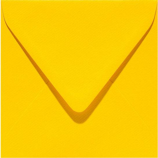 (No. 240910) 50x envelop 160x160mm Original dottergeel 105 grams (FSC Mix Credit)