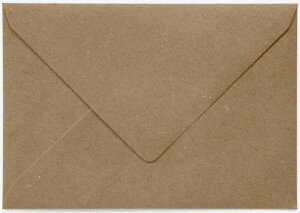 (No. 235323) 50x envelop 156x220mm- EA5 recycling bruin 100 grams (FSC Recycled 100%)