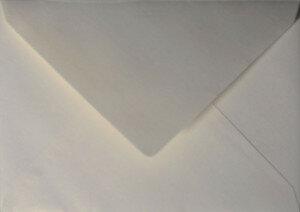 (No. 263331) 50x envelop Original Metallic 125x140mm Ivory 120 grams (FSC Mix Credit)